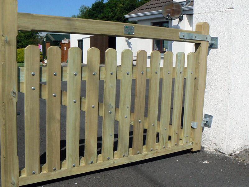 Roundwood Gate